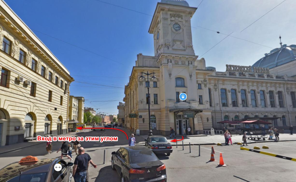 Вход на ст. метро Пушкинская от Витебского вокзала